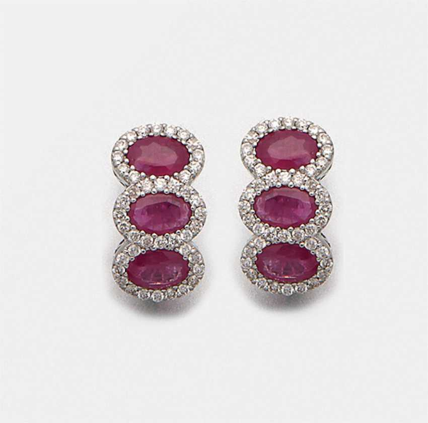 Pair of very fine ruby earrings - photo 1