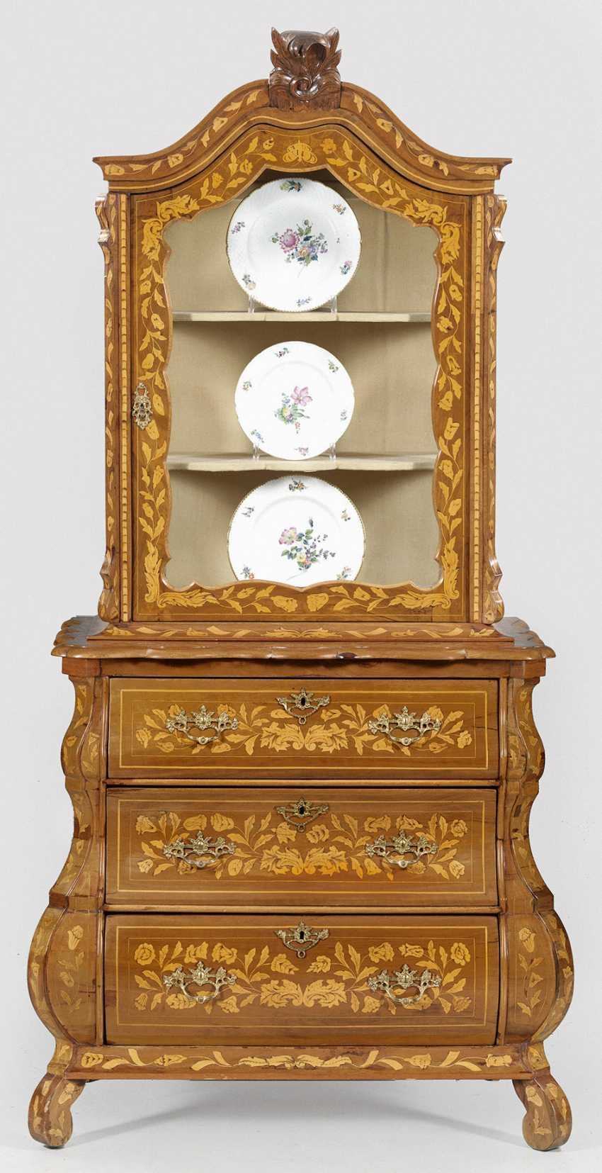 Baroque-Top Chest Of Drawers - photo 1