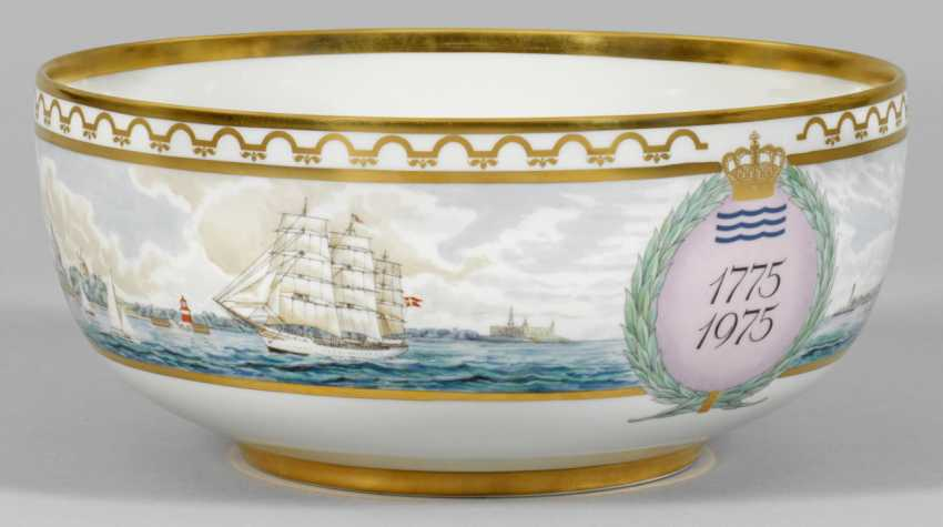 Large bowl for the 200th anniversary - photo 1
