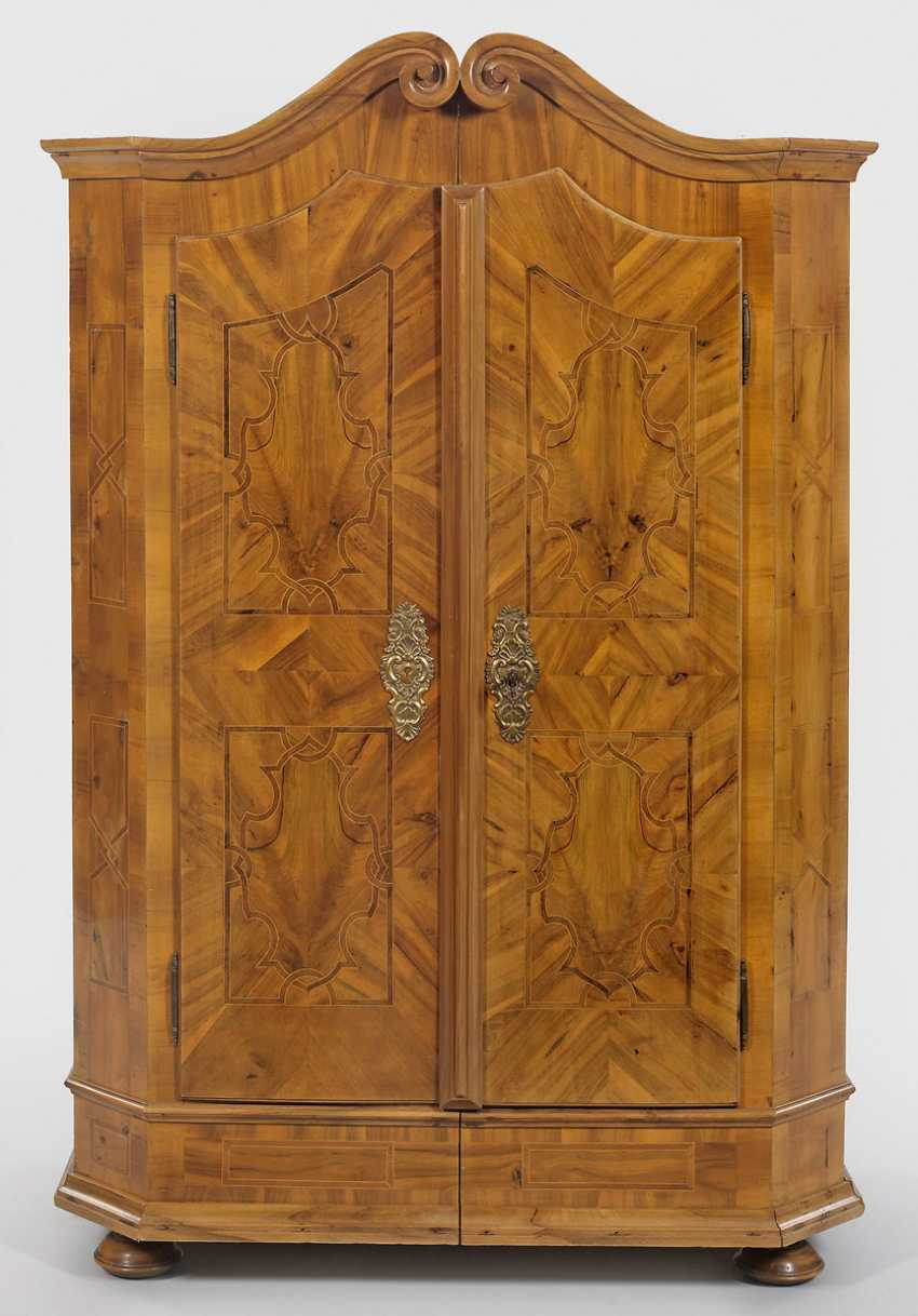 Small Baroque Cabinet - photo 1