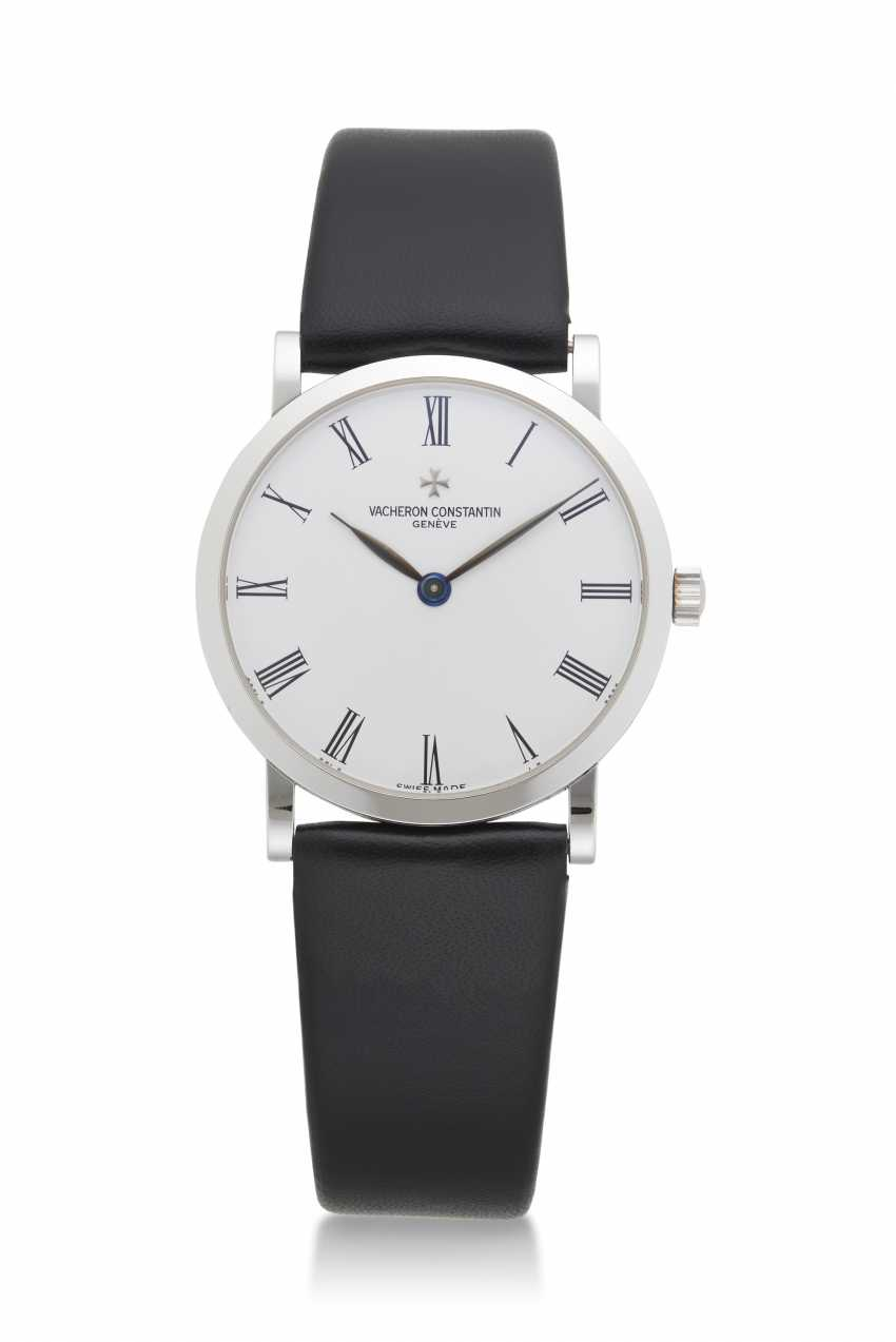 "VACHERON CONSTANTIN, WHITE GOLD PATRIMONY ""LES ESSENTIELLES"", REF. 33093 - photo 1"