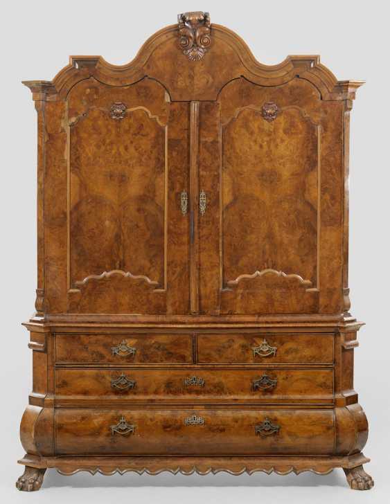 Large Baroque-Essay-In Closet - photo 1