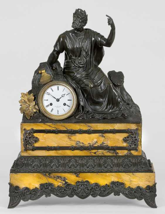Large Biedermeier Figure Pendule - photo 1