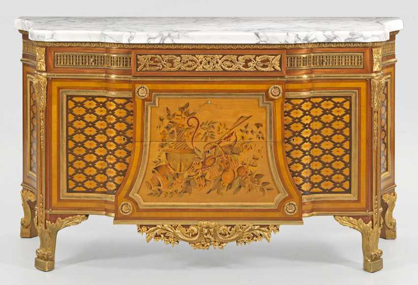 Large Louis XVI chest of drawers - photo 1