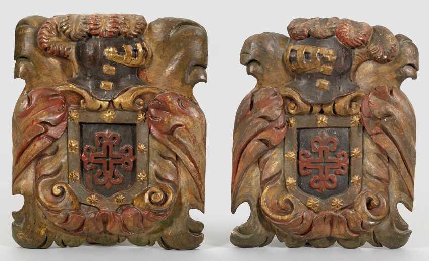 Few Barock-Wappenreliefs - photo 1
