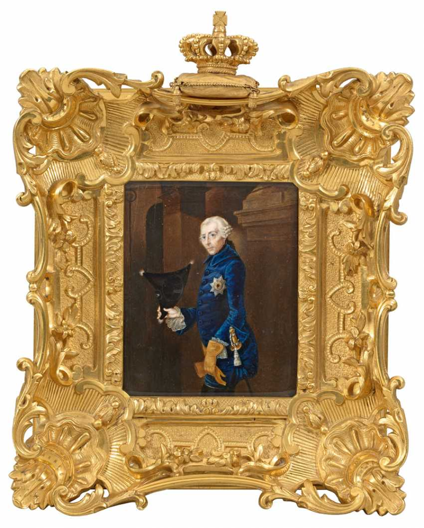Courtly pomp frame with miniature - photo 1