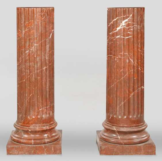 Pair of large columns - photo 1