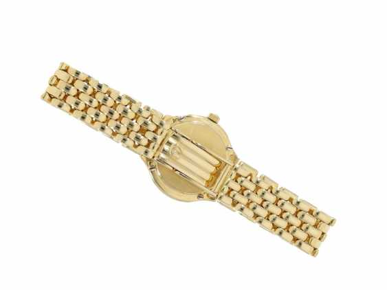 Wrist watch: a classic, very valuable 18K Gold ladies watch from Omega, a luxury version with diamond setting, very well maintained condition - photo 5