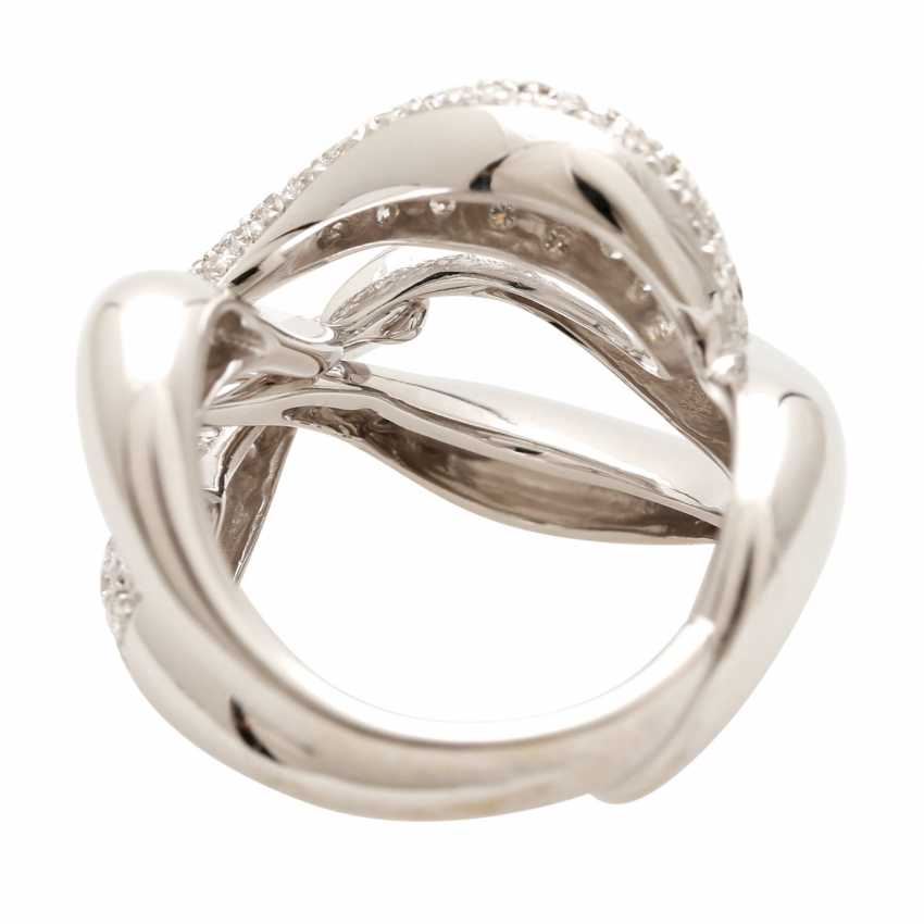 BUCHERER Ring with brilliant-cut diamonds, approximately 1.5 ct, W - LGW / VS - SI, - photo 4