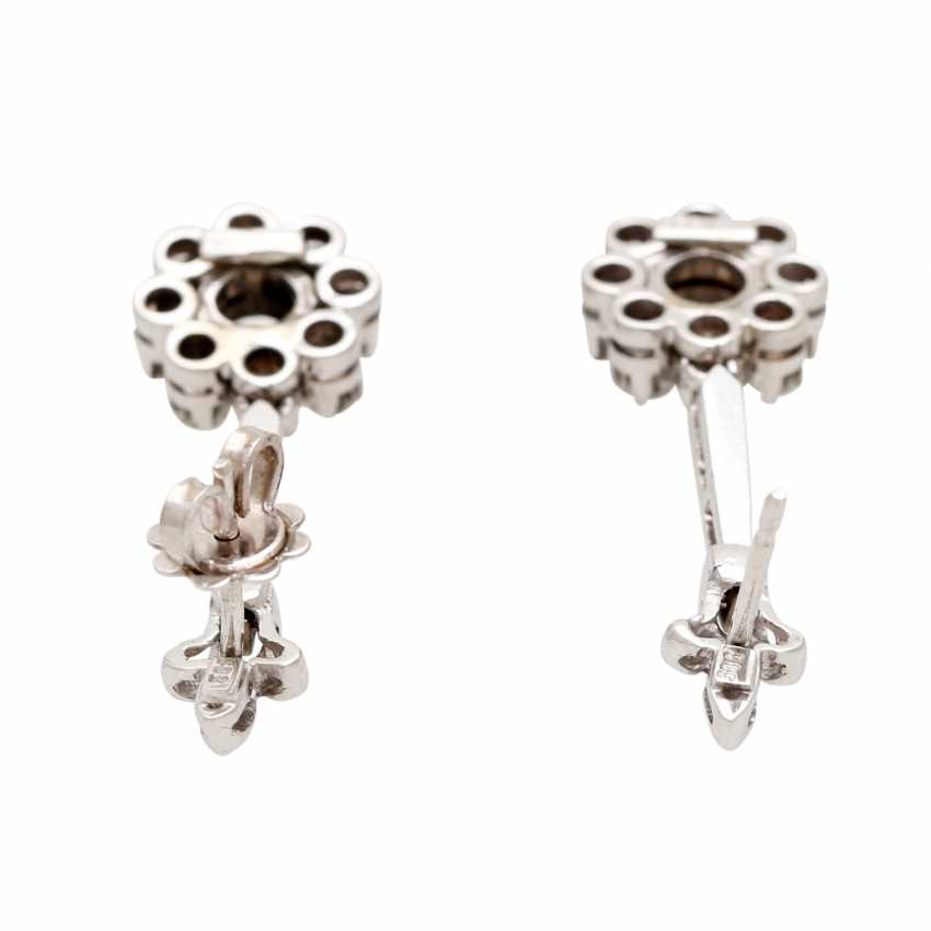 Stud earrings m. diamond trimming - photo 4