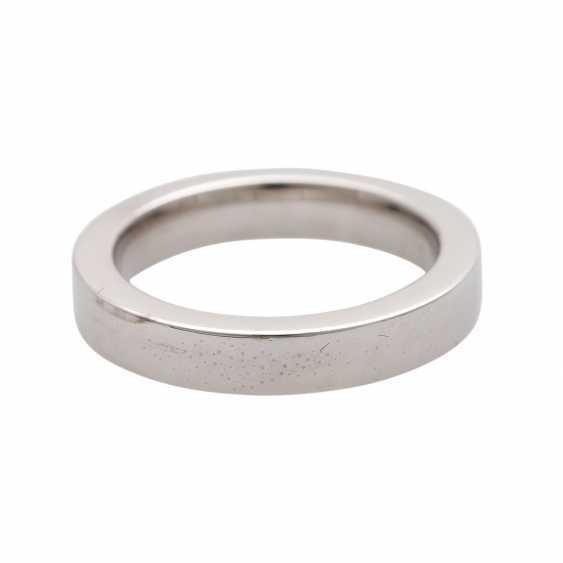 Half eternity ring with 13 brilliant-cut diamonds - photo 4