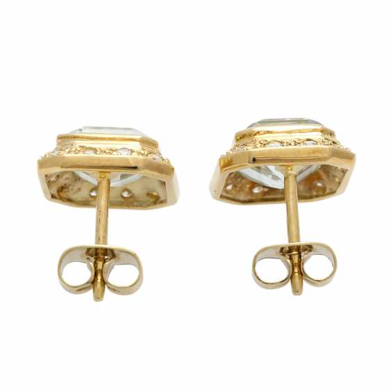 Stud earrings with aquamarine - photo 4