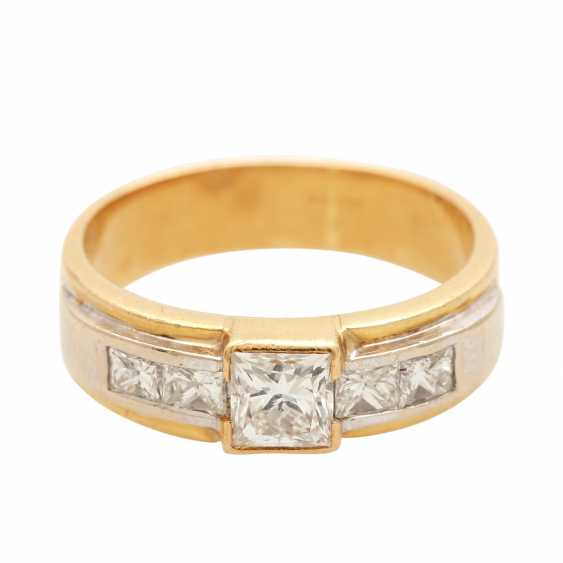 Ladies ring with diamonds in Princess-cut - photo 1
