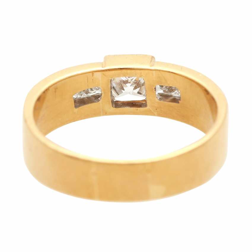 Ladies ring with diamonds in Princess-cut - photo 4