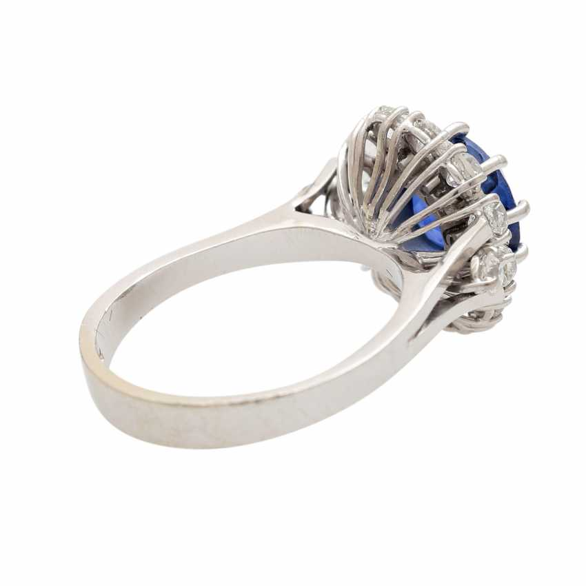 Ring with synthetic corundum and 14 diamonds - photo 3