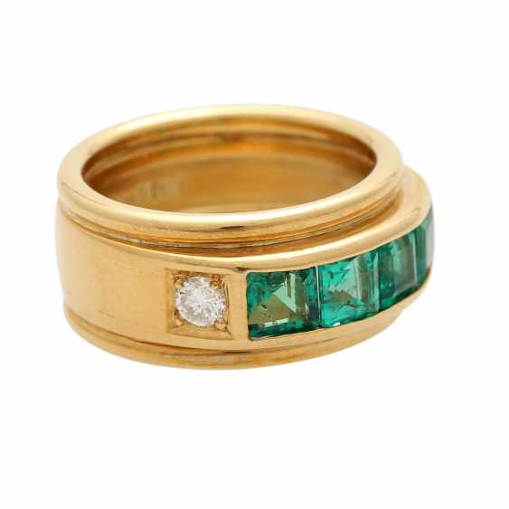 Ring mit 4 Smaragdcarrés und 2 Brillanten - photo 2