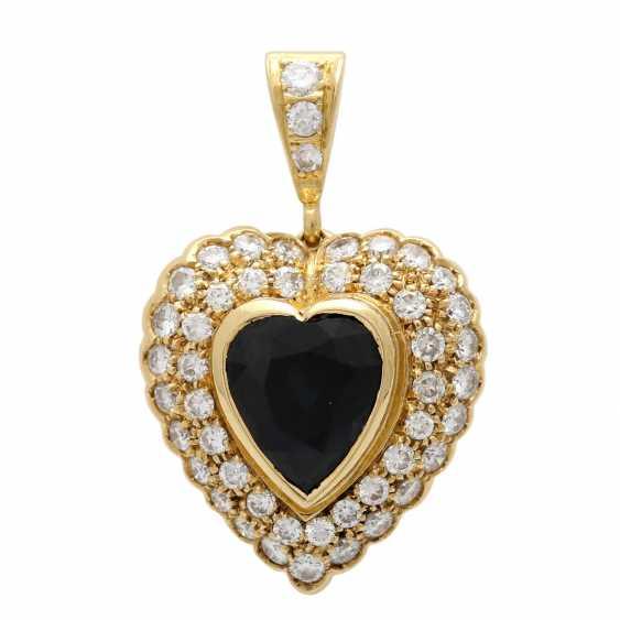 Heart pendant with 1 sapphire, entouriert of 48 brilliant-cut diamonds - photo 1