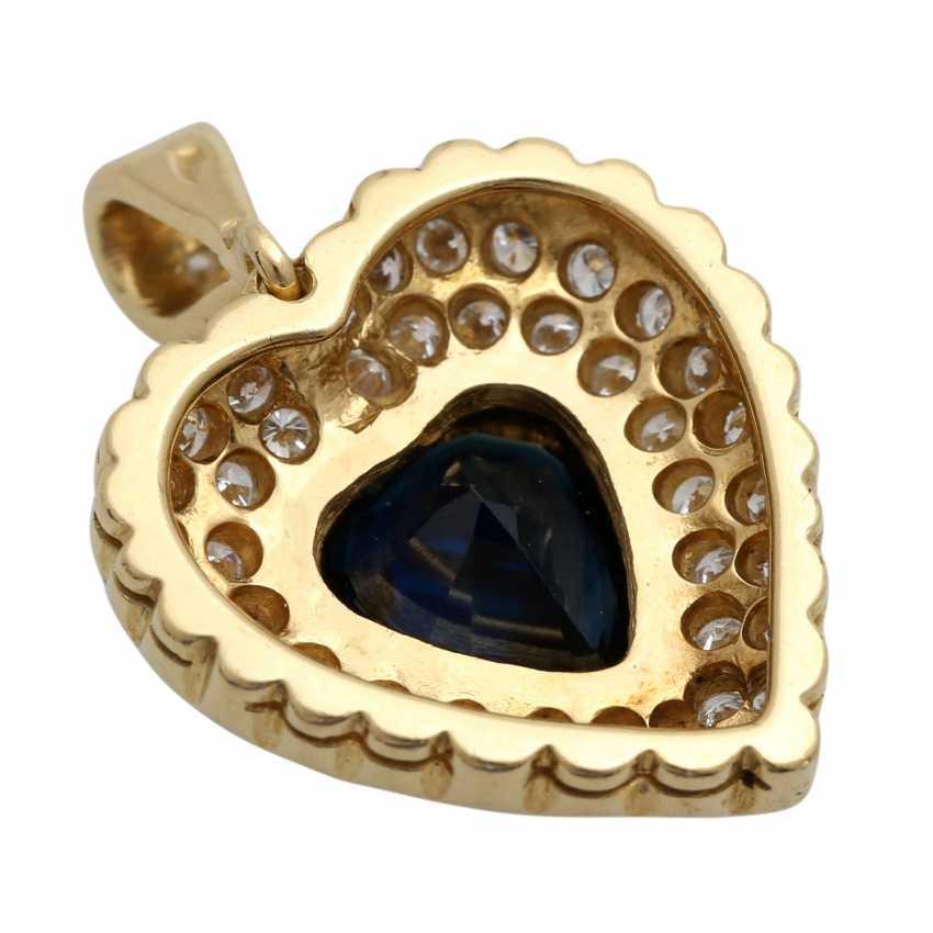 Heart pendant with 1 sapphire, entouriert of 48 brilliant-cut diamonds - photo 4