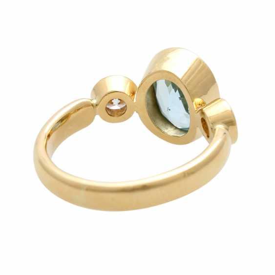 Ladies ring with 1 aquamarine and 2 diamonds - photo 4