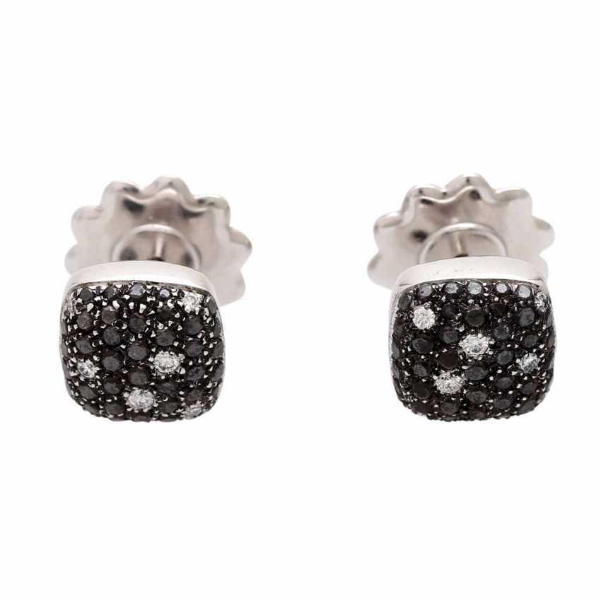 Stud earrings (Pair) studded with black diamonds - photo 2