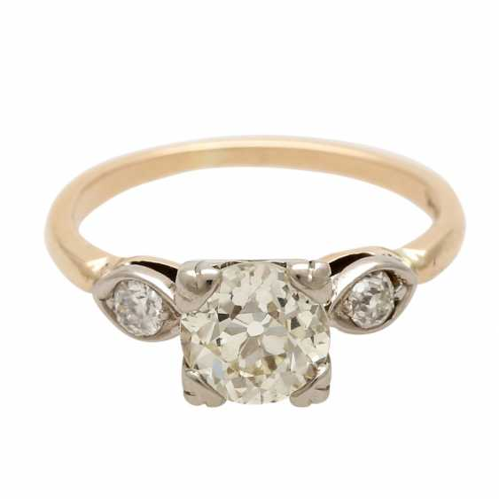 Ladies ring studded with 1 old European cut diamond approximately 1,3 ct, - photo 1