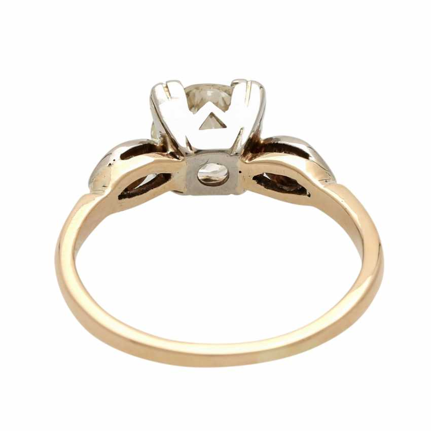 Ladies ring studded with 1 old European cut diamond approximately 1,3 ct, - photo 4