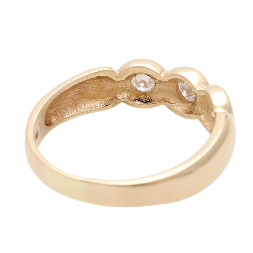 Ladies ring with 3 diamonds - photo 3