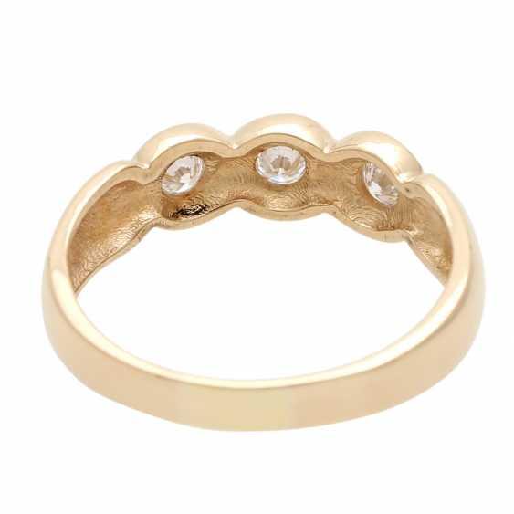Ladies ring with 3 diamonds - photo 4