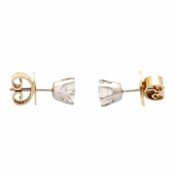 Solitaire stud earrings, each with 1 brilliant cut, together approx. of 1.4 ct, - photo 2