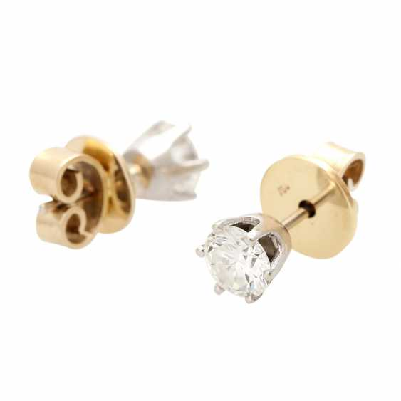 Solitaire stud earrings, each with 1 brilliant cut, together approx. of 1.4 ct, - photo 3