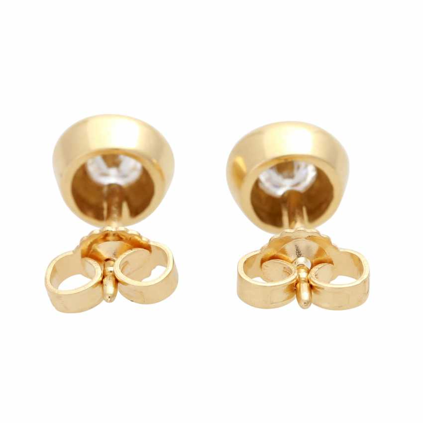 Pair of stud earrings with brilliant - photo 4