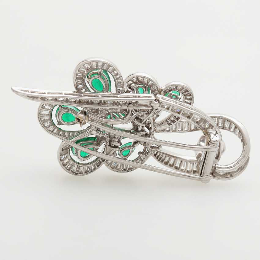Brooch studded with seven emerald drops - photo 4