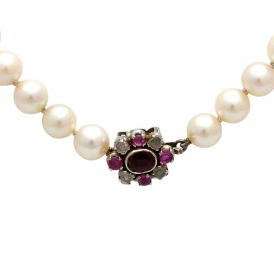 Necklace made of cultured pearls in the history, - photo 3