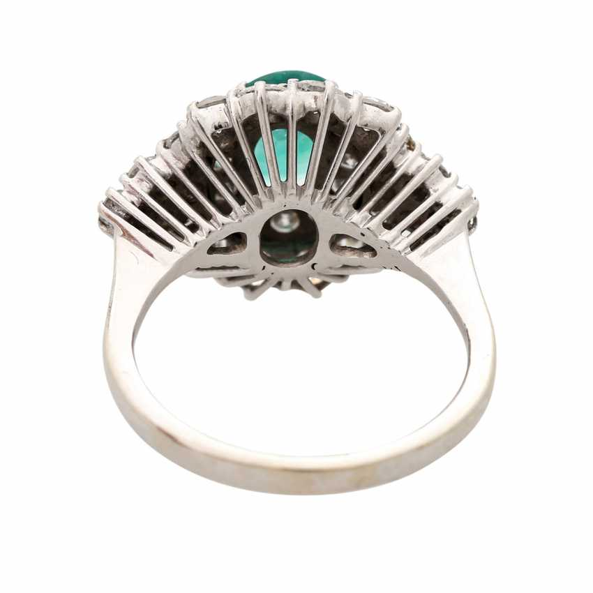 Ladies ring with emerald & Brilliant stocking. - photo 4