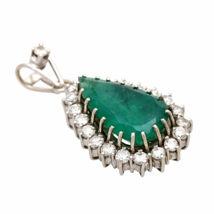 Drops flock with emerald & diamonds. - photo 3