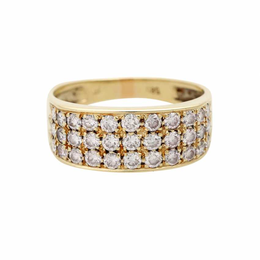 Ladies ring studded with 33 diamonds - photo 1