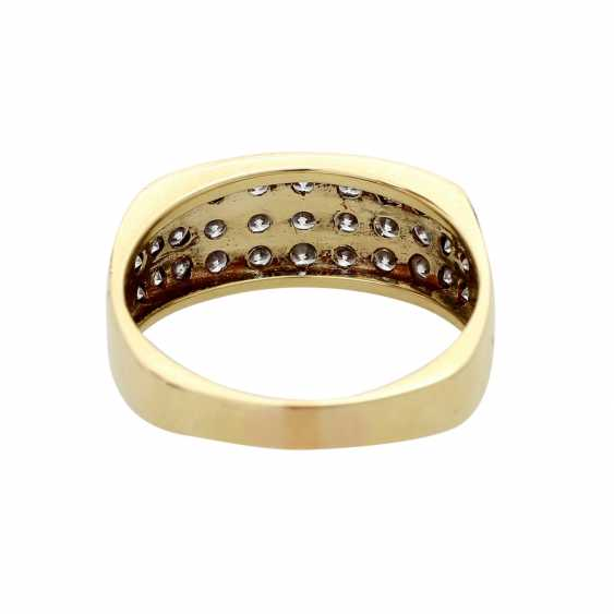 Ladies ring studded with 33 diamonds - photo 4