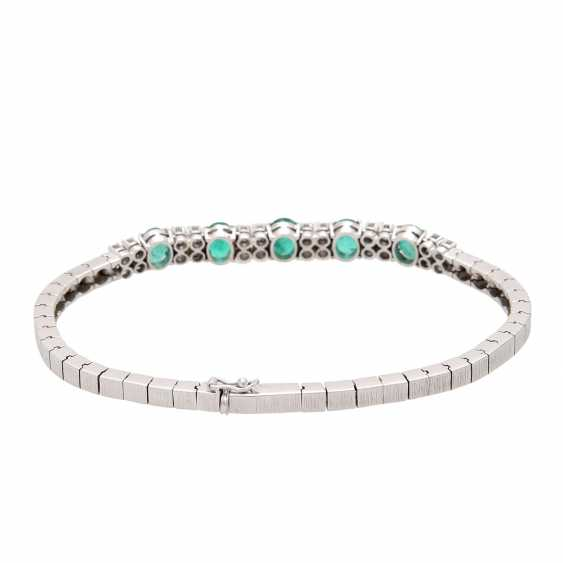 Bracelet with emeralds and diamonds. - photo 3