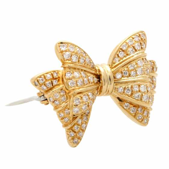 Brooch set with diamonds, together approx. 0,90 ct, - photo 2