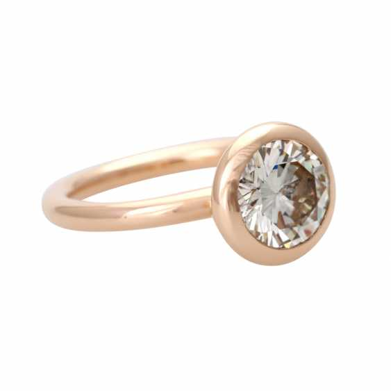 GÜNTER KRAUSS solitaire with approximately 2.2 ct., - photo 2
