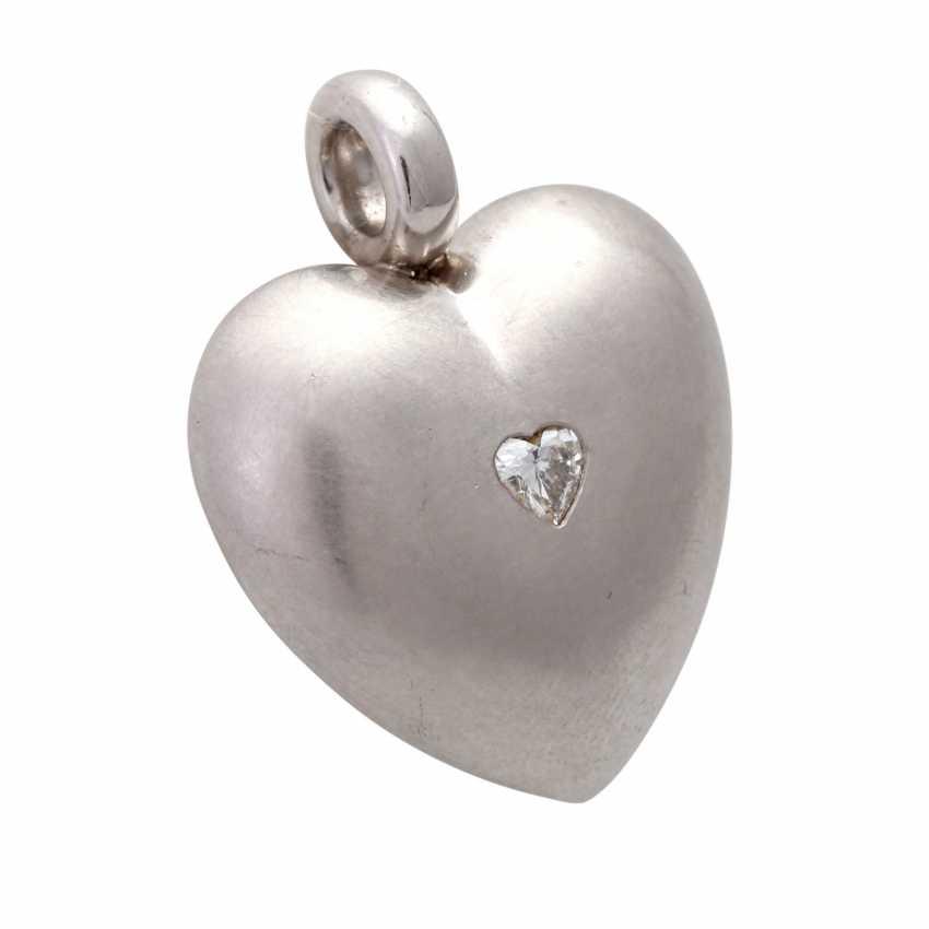 Heart pendant with diamond - photo 2