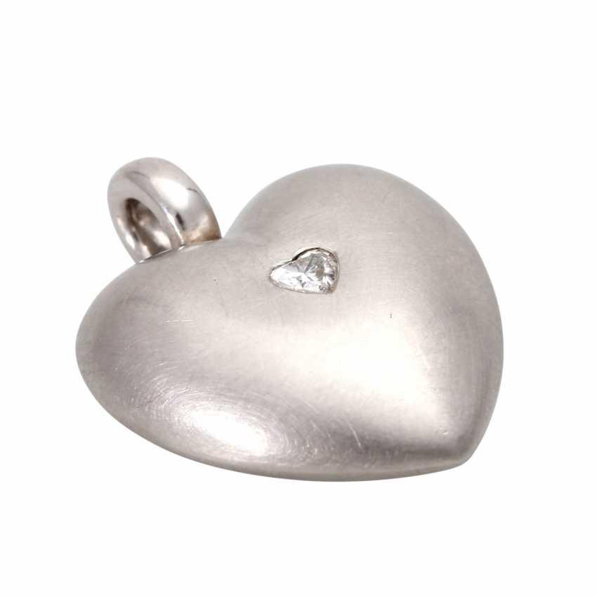 Heart pendant with diamond - photo 4