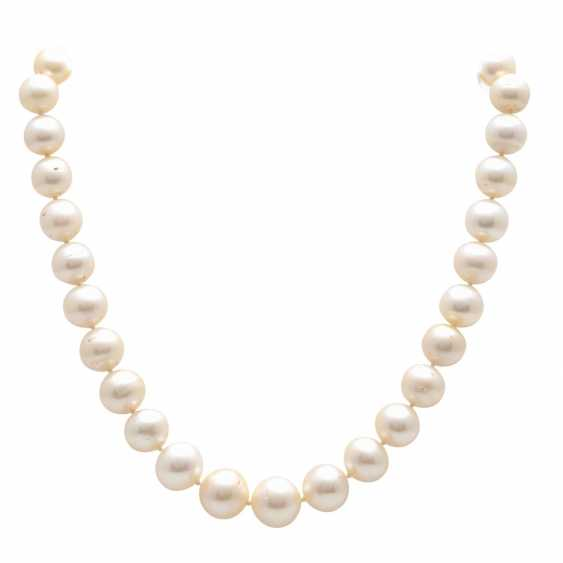 Necklace made of cultured pearls in the course - photo 1