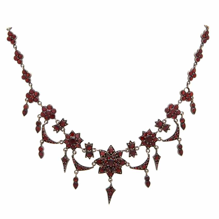 Collection of garnet jewelry, 5-piece: - photo 2