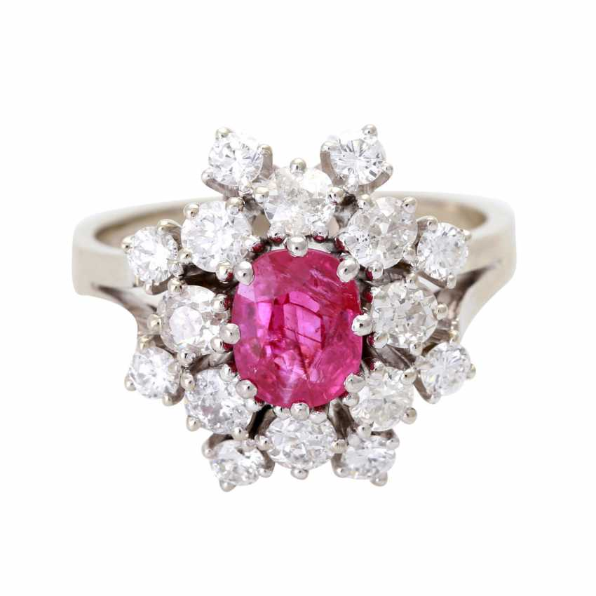 Ladies ring with 1 ruby and diamonds - photo 1