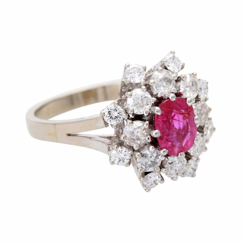 Ladies ring with 1 ruby and diamonds - photo 2
