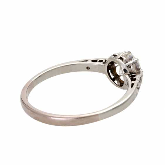 Engagement ring with brilliant, approximately 0.5 ct, - photo 3