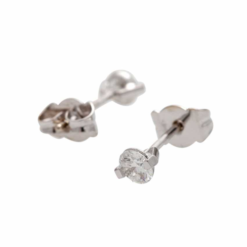 Solitaire stud earrings with 1 diamond, approx 0.4 ct, - photo 4