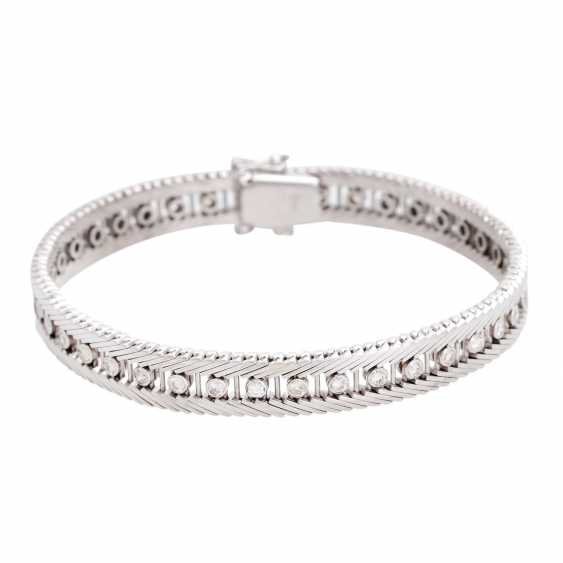 Bracelet with 38 diamonds in div. Cut shapes, - photo 1