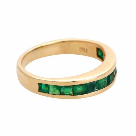 Ring, set with 12 Smaragdcarrés, - photo 2